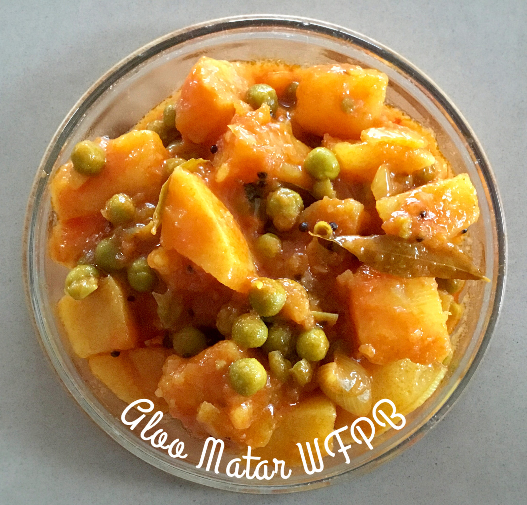 ALOO MATAR WFPB in a round glass bowl